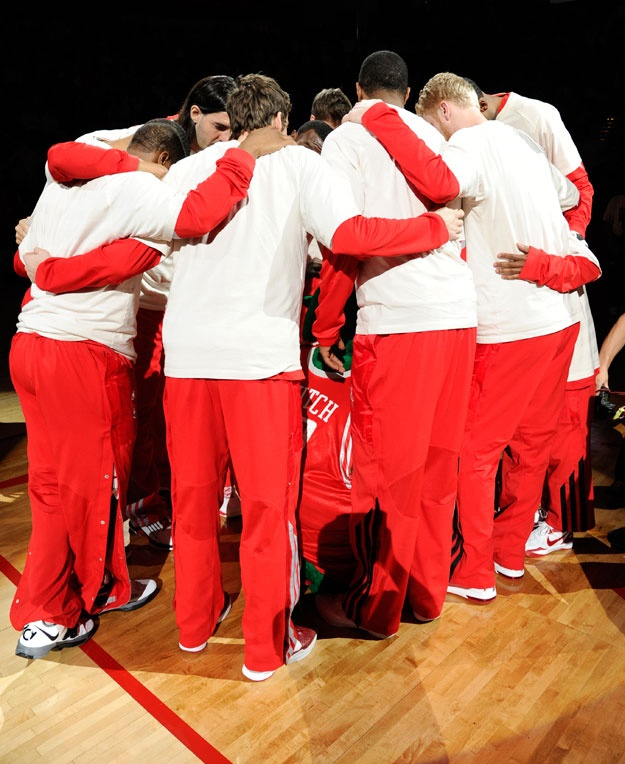The Rockets huddle up pre-game at Toyota Center