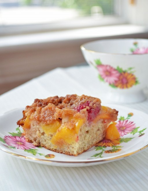 Raspberry Peach Crumble Cake