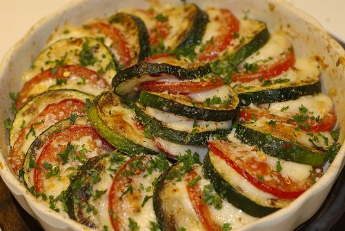 Eggplant/zucchini, mozzarella, tomato | Fooooood! | Pinterest