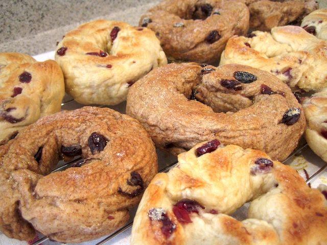 cinnamon raisin bagel recipe. And how to make bagels in general!!!