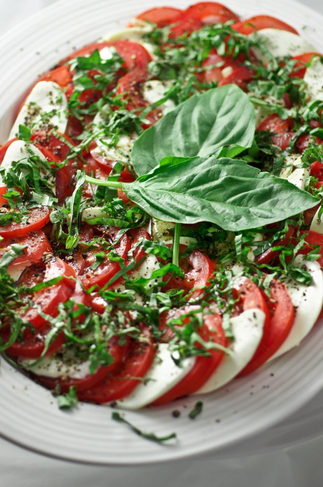 Caprese Salad | Salads, dressings, vinaigrette | Pinterest