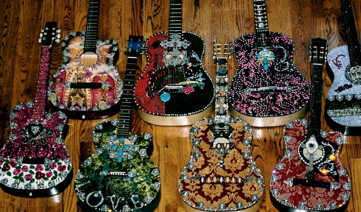 Decorated guitars anything and everything pinterest for Acoustic guitar decoration ideas