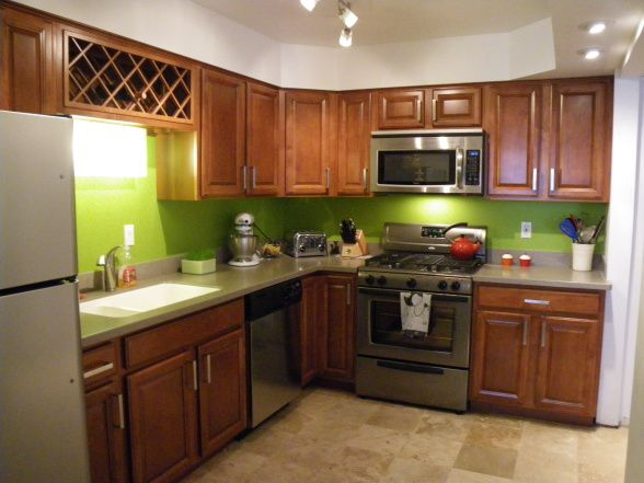 Lime Green Kitchen : lime green kitchen...I was thinking about doing lime green tile walls ...