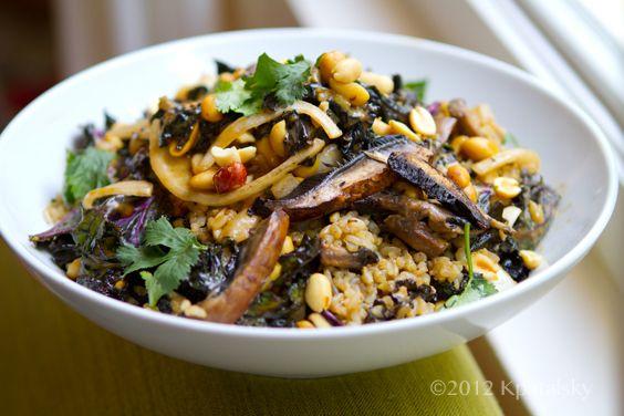 spicy peanut portobello kale rice bowl. @Caitlin Boone you should make ...