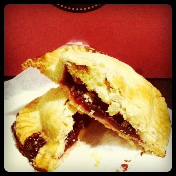 berry pocket pastry   Favorite Recipes   Pinterest
