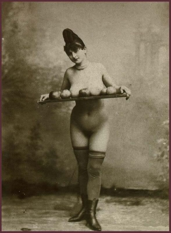 Hentai chicks stripping