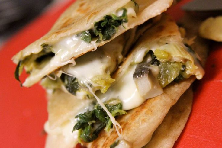 Spinach and Mushroom Quesadillas | Sammies and such | Pinterest