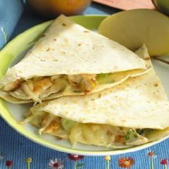 Chicken & Apple Quesadillas | yummy meals. | Pinterest