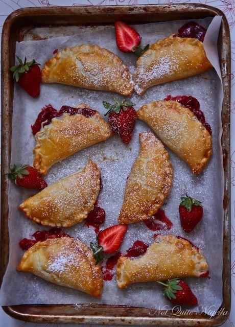 strawberry hand pies | Hello Sweetie | Pinterest