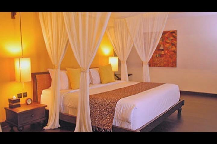 Romantic bedroom set  Home design/ living  Pinterest