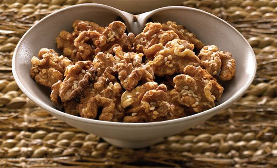 Maple Candied Walnuts | Food & Drink | Pinterest