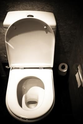 How to Remove Rust From the Inside of a Toilet Tank