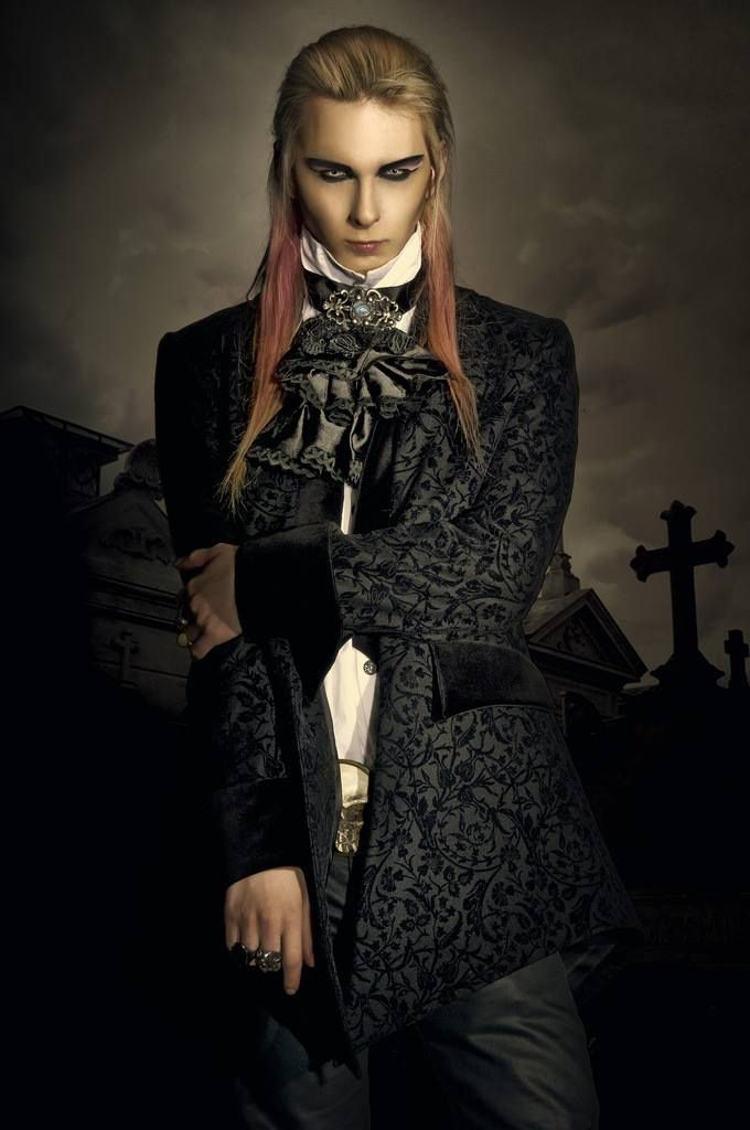 Gothic Look Photography People Pinterest