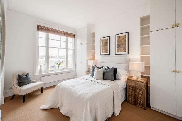Bedroom Layout With Chimney Breast