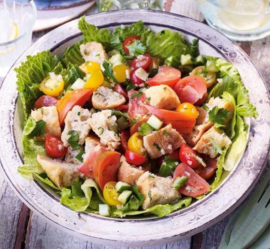 Panzanella (Tomato and Bread Salad) | Salads | Pinterest