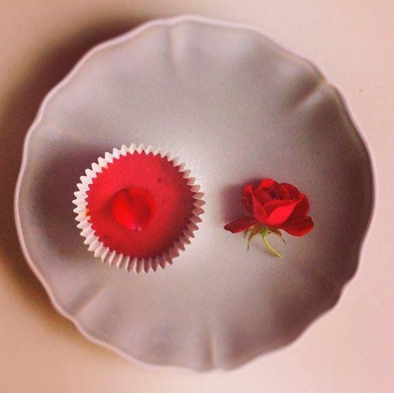 raspberry rosewater glaze #cupcake #cococakeland