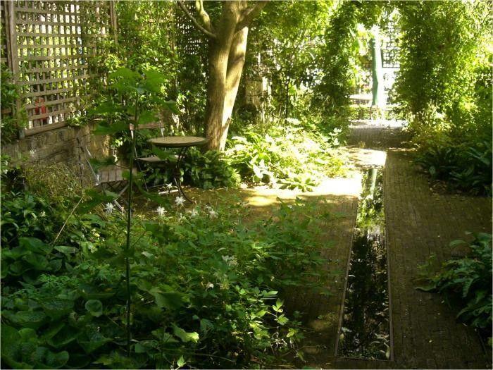 Secret Gardens 700 x 525