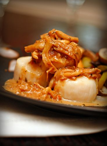 Scallops in a Mushroom Champagne Sauce | Eats | Uncategorized | Pinte ...