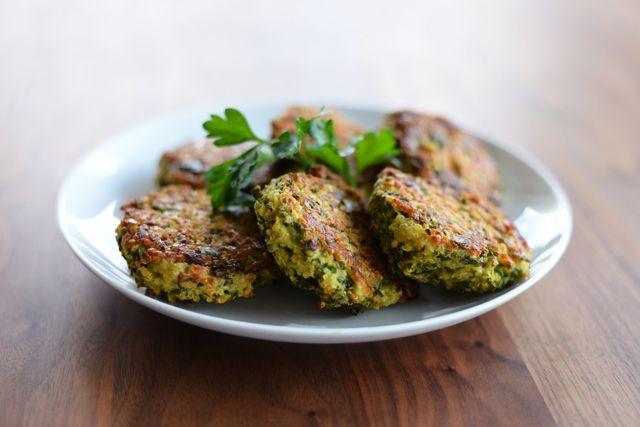 Baked Quinoa Patties | Vegetarian Dishes | Pinterest