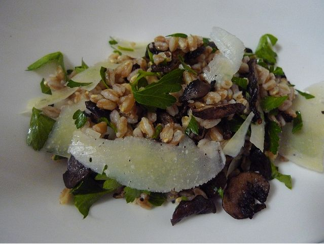 Farro Salad with Mushrooms and Pecorino Cheese | Recipe