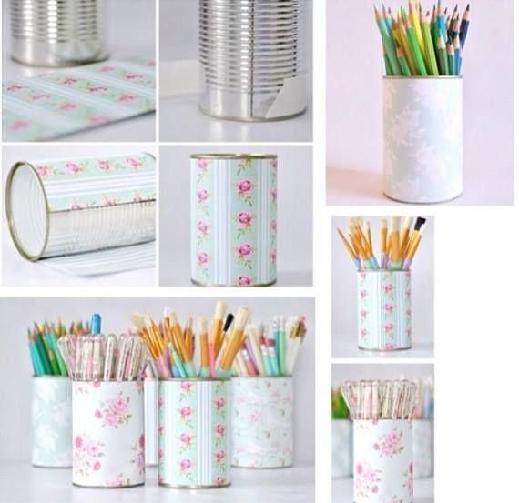 Porta canetas feito com papel contact e lata! Cute *-*