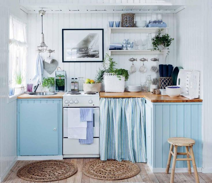 Blue cottage kitchens mstjgri d cor beach cottage for Small beach house kitchen designs