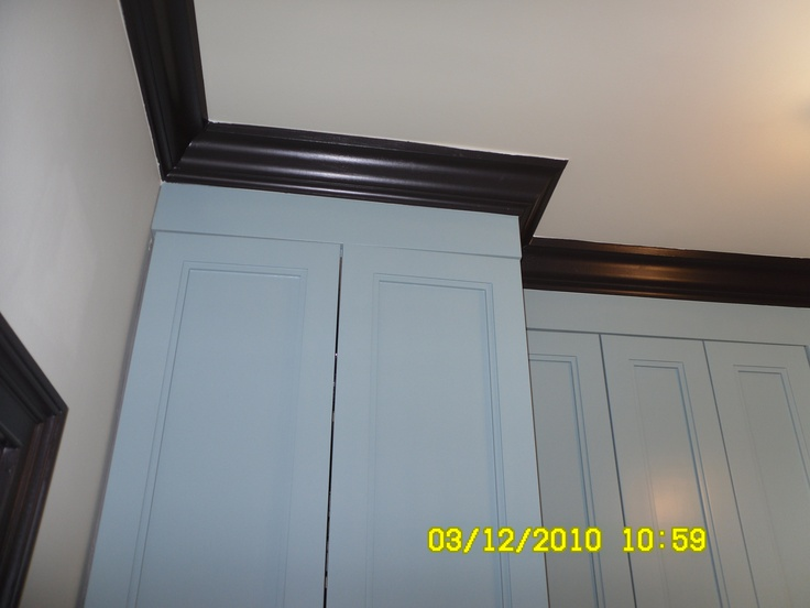 Kitchen cabinet crown molding for the home pinterest for Crown molding kitchen cabinets pictures
