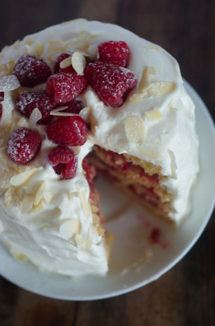 Poires au Chocolat: Raspberry and Almond 'Bakewell' Layer Cake