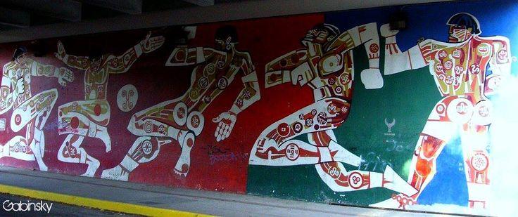 March 16, 2007   Graf Taino 1 Muralista: Rafael N. Rivera García Nota: Debajo del elevado — at Ave. Roberto H. Todd, Santurce, Puerto Rico.