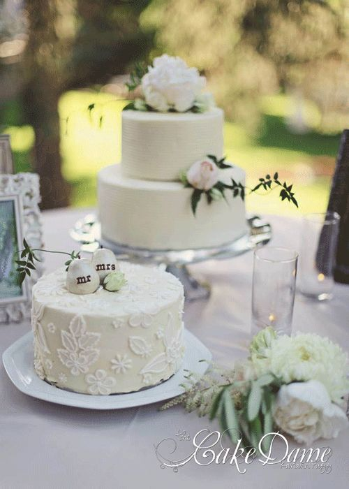 small rustic wedding cakes wedding ideas pinterest