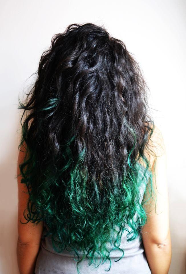 Green ombre hair :}