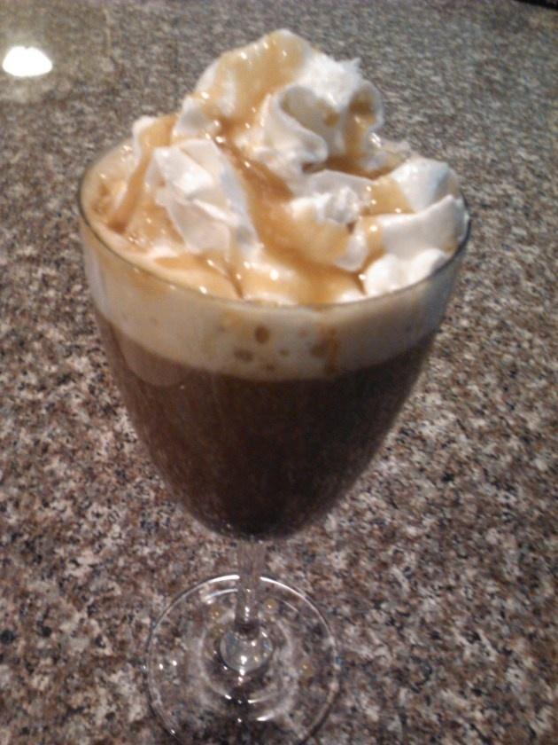 Salted caramel mocha | Delicious. Desserts. | Pinterest