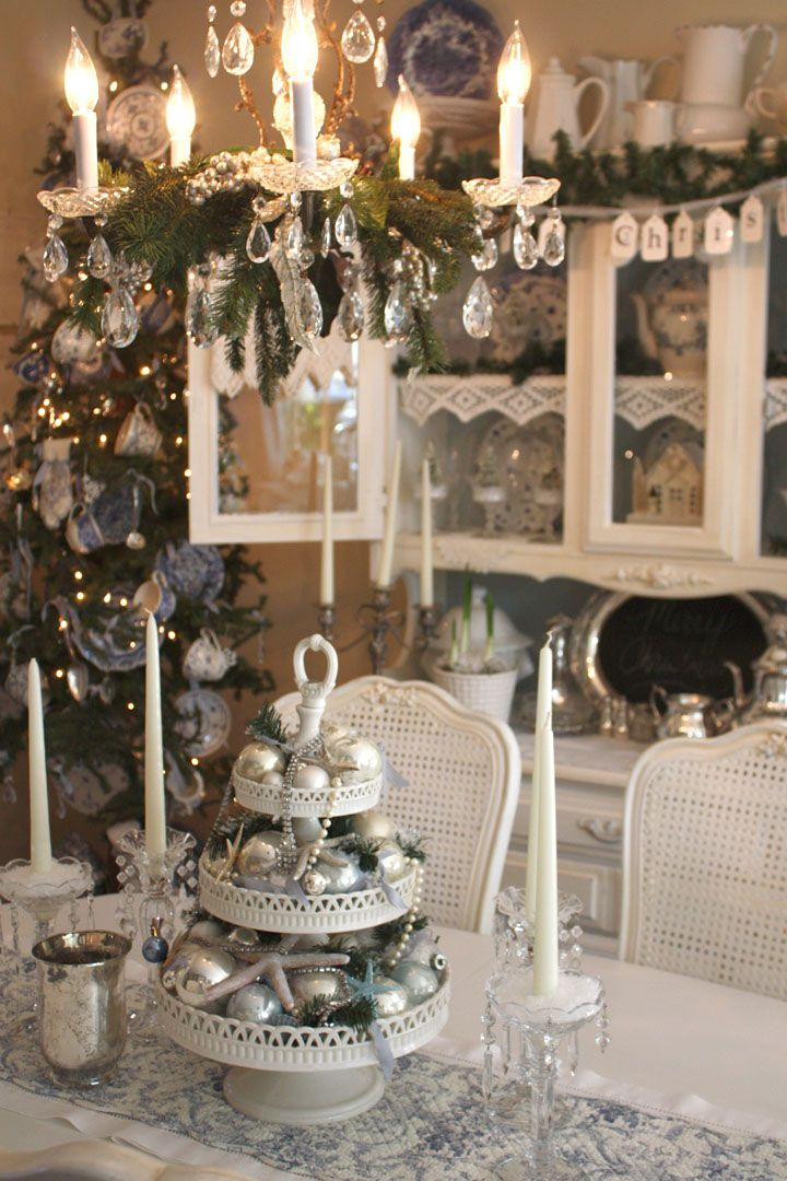 Shabby chic christmas decor room christmas decor ideas for Shabby chic christmas