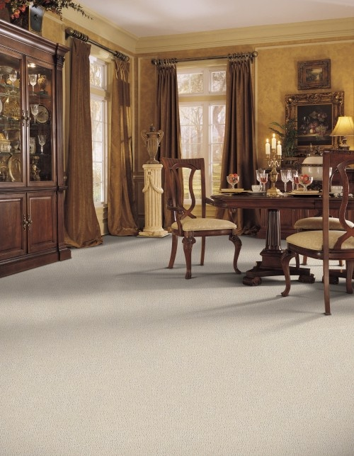 Formal dining room carpet pinterest for Pictures of formal dining rooms