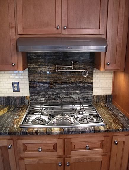 Countertop Backsplash Behind Stove : Do not like this countertop but running the countertop like this could ...