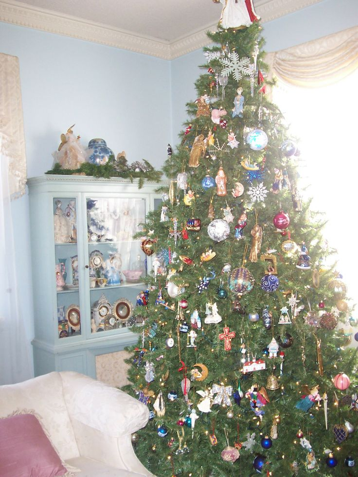 Christmas living room christmas pinterest for Christmas living room pinterest