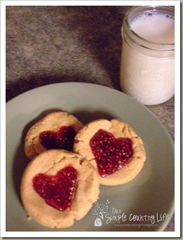 Peanut butter and jelly heart cookies, cute for Valentines Day!
