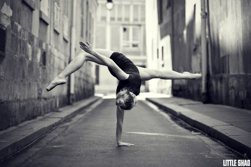 love this photo.  I'm gonna be able to do this someday