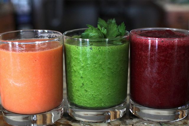 Grapefruit, Carrot, and Ginger Juice Beet, Apple and Mint Juice and ...