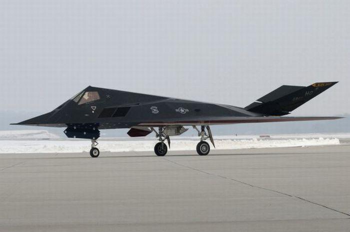 """F 117 Nighthawk At Night F-117 """"Night Hawk..."""