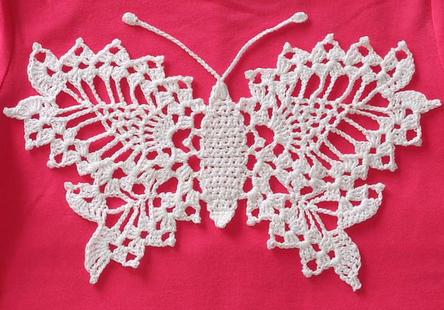 Free Crochet Patterns For Butterfly Doilies : Delicate Crochet Butterfly: free pattern Crochet Doily ...