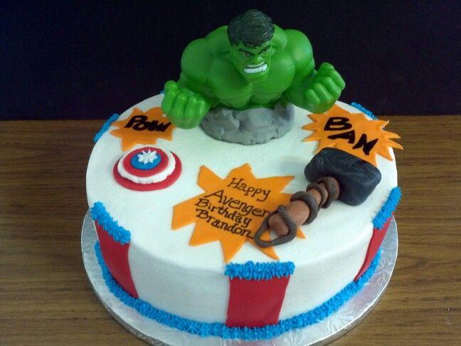 avengers fondant cakes