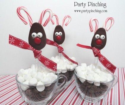 chocolate reindeer spoons, hot chocolate spoons, hot cocoa spoons, cute chocolate spoons, easy christmas treat ideas