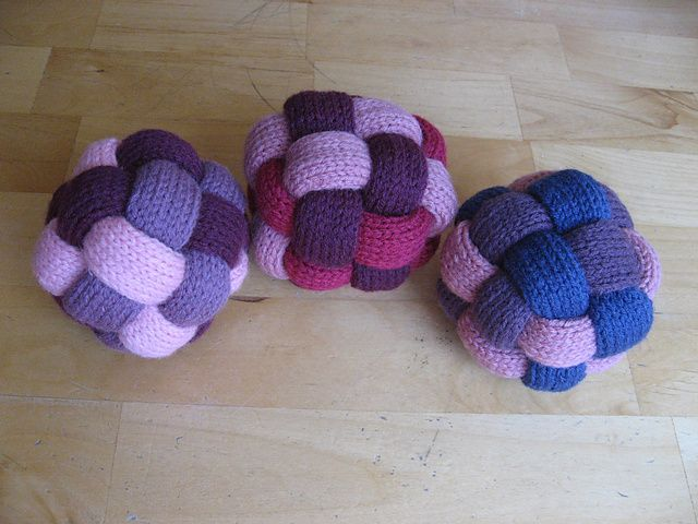 Ravelry: Braided Ball pattern FREE Knitting Pinterest