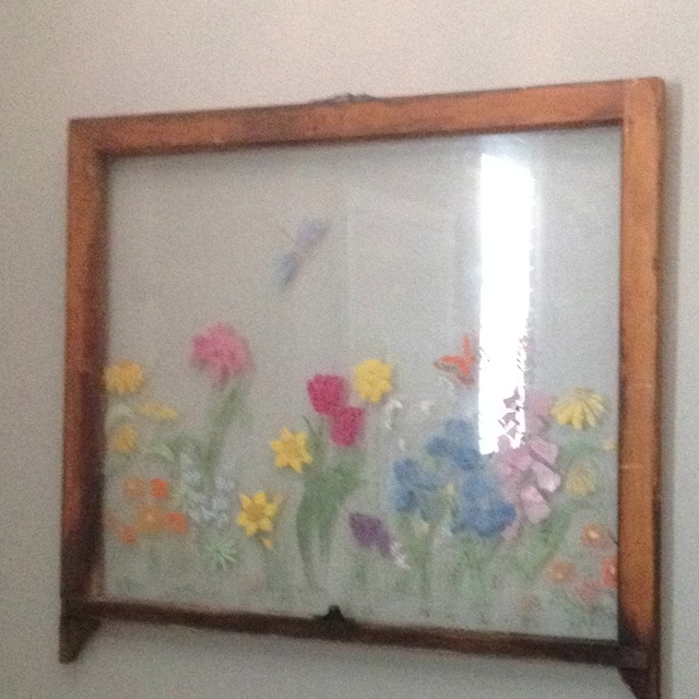 Antique window frame painted craft ideas pinterest for Old window panes craft ideas