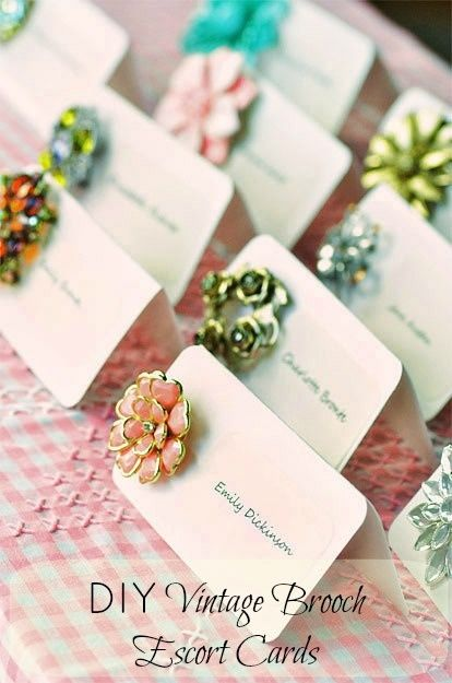 DIY Vintage Brooch Escort Cards.. @Elda Righi Righi Righi Alvarez I wanna do this!!! I'd better start picking up brooches now! lol