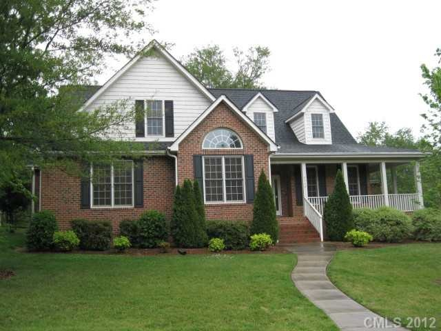 Brick house with wrap around porch for the home pinterest for Brick home plans with wrap around porch