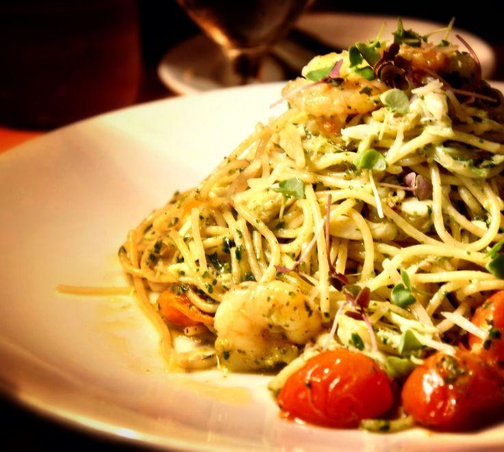 Pesto Spaghetti with Shrimp and Tomatoes | Live To Eat | Pinterest