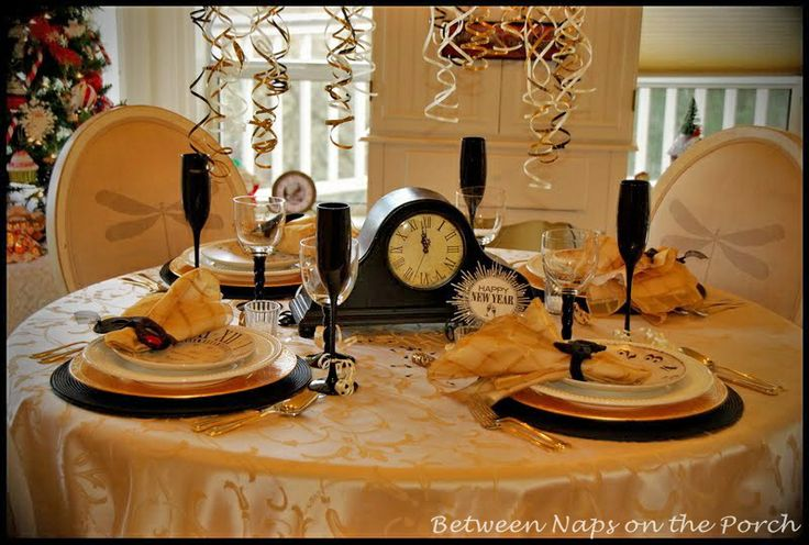 Elegant New Year's Eve Table Setting | new years