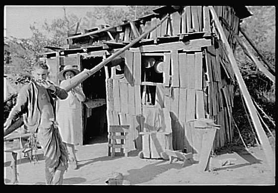 camp.jpg (36016 bytes)  The great depression